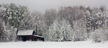 Celeiro do inverno Fotos de Stock