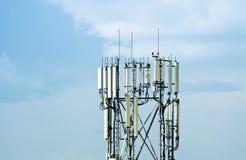Cell- antenntorn Arkivfoto