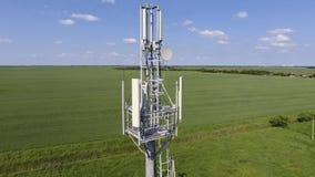 cell- torn Utrustning för att vidarebefordra den cell- och mobila signalen Royaltyfria Foton