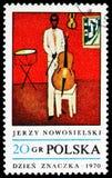 Cellist, door Jerzy Nowosielski, Schilderijen serie, circa 1970 stock foto
