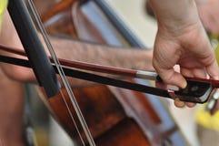 cello& x27; jogador de s fotografia de stock royalty free