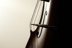 Cello reiht Nahaufnahme auf stockfoto