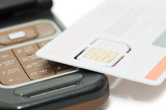 Cellphone en sim kaart Royalty-vrije Stock Foto's