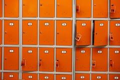 Cellules de stockage dans le magasin photos libres de droits