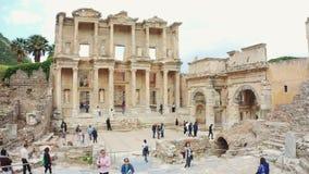 Celsus图书馆在以弗所Efes 古希腊市伊兹密尔,土耳其 全景射击 股票录像