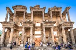 Celsus Bibliothek in Ephesus, die Türkei Stockbilder