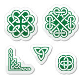 Celtic green knots patterns -  Stock Photography
