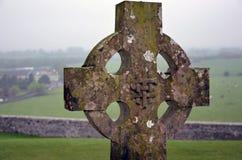Celtycki krzyż na cmentarz natury krajobrazie Zdjęcie Stock