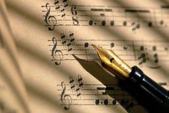 Cem músicas de folha dos anos de idade Foto de Stock Royalty Free