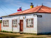Cembruje kolorowego dom w wsi Chile Fotografia Stock