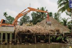 Cembruje transport na Mekong rzecznej delcie w Wietnam Fotografia Stock