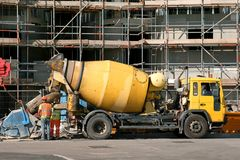Free Cement Mixer Truck Stock Photo - 4341120