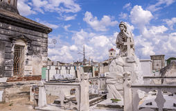 Cementary in Camaguey, Kuba lizenzfreie stockbilder
