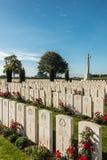 Cementerio británico de la guerra de Mendinghem, probado, Bélgica fotografía de archivo