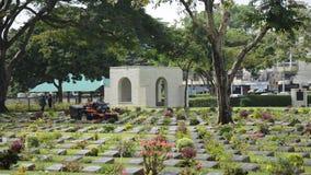 Cementerio de la guerra de Kanchanaburi (Don Rak) almacen de video