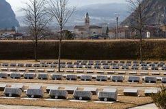 Cementerio de las víctimas de la presa de Vajont Imagen de archivo libre de regalías