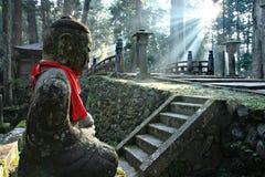 Cementerio de Okunoin en el montaje Koya imagen de archivo libre de regalías