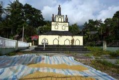 Cementerio en la aldea Imágenes de archivo libres de regalías