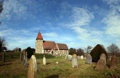 Cementerio grave Inglaterra de la iglesia medieval Imagen de archivo
