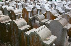 Cementerio. Isla de Cheung Chau. Hong-Kong. Foto de archivo