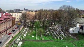 Cementerio judío en Kraków, Polonia Vídeo aéreo almacen de video