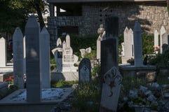 Cementerio, Karadjoz Bey Mosque, Mostar, Bosnia y Herzegovina, Europa, Islam, religión, lugar de culto fotografía de archivo libre de regalías