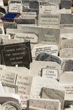 Cementerio La Habana de los dos puntos de las lápidas mortuarias Fotografía de archivo libre de regalías