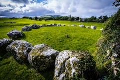 Cementerio megalítico de Tombe 57 Carrowmore Foto de archivo