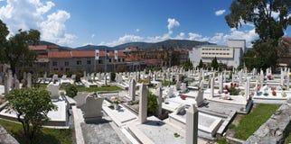 Cementerio, mezquita, Mostar, Bosnia y Herzegovina, Europa, Islam, religión, lugar de worshipy fotografía de archivo