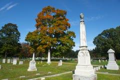 Cementerio pasado del resto en Merrimack, NH, los E.E.U.U. fotografía de archivo