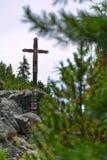 Cementery i den Strbske Pleso regionen på höga Tatras, Slovakien Arkivfoto