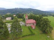 Cementery i kościół Obrazy Royalty Free