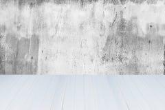 Cemento blanco y negro de la pared y madera blanca Foto de archivo