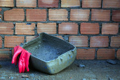 Cemento hacia fuera Fotografía de archivo libre de regalías