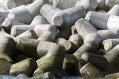 Cemento Rompeolas de Bloques de Lizenzfreie Stockfotos