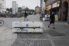 CEMENTOWA blokada PRZY NORREPORT dworcem Zdjęcie Stock