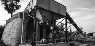 Cementowy rośliny fabryki fabrykować zdjęcia royalty free