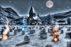 Cemitério da noite de Dia das Bruxas Imagens de Stock