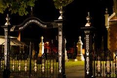 Cemitério de Dia das Bruxas, boa vinda dentro fotografia de stock royalty free