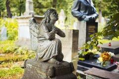 Cemitério de Lychakiv em Lviv, Ucrânia tombstone imagens de stock