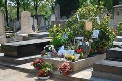 Cemitério de Montparnasse - túmulo da sarja Gainsbourg Fotos de Stock Royalty Free