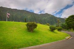 Cemitério havaiano no vale dos templos, ilha de Oahu foto de stock