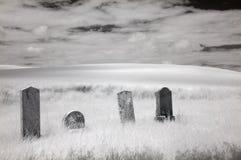 Cemitério infravermelho foto de stock royalty free