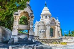 Cemitério local na ilha de Brac, em Supetar, Croácia Fotos de Stock