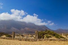 Cemitério na praia Cofete em Furteventura fotos de stock royalty free