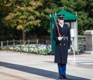 Cemitério nacional de Arlington do protetor do túmulo Imagens de Stock