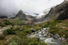 Cenário alpino dramático Fotografia de Stock