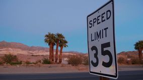 Cenário bonito no parque nacional de Vale da Morte Califórnia filme