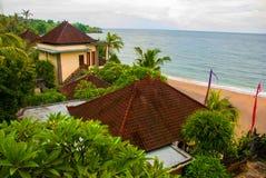 Cenário bonito para baixo na praia em Amed em Bali Imagens de Stock Royalty Free