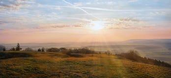Cenário da manhã no franconia montanhoso da paisagem imagem de stock
